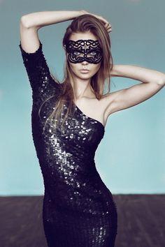 160efcf8a3df33830972ef27deeb4500--masquerade-dresses-masquerade-party